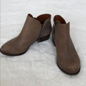 Lucky booties...size 8....super cute!!